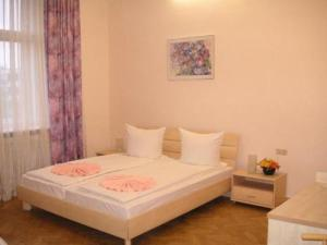 photo hotel pension am lehniner platz