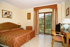 photo hotel altos de istan