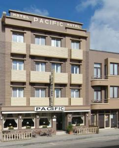 photo hotel pacific