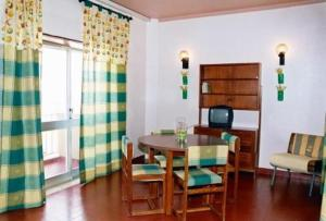 photo hotel apartamento iate