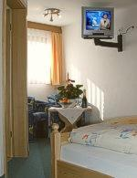 photo hotel pension waldwinkel