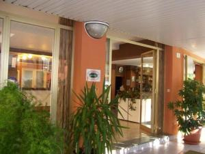 photo haway hotel cattolica