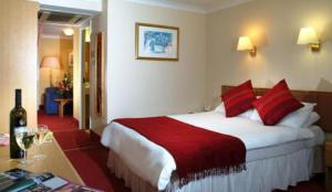 photo quality hotel suites walsall