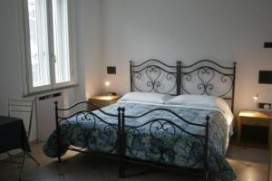 photo hotel in riva al lago