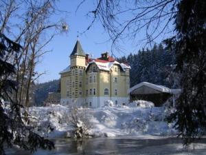 photo hotel zamecek kaplice