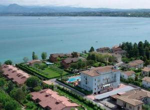 photo hotel peschiera