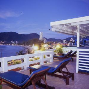 photo hotel quality resort patong beach
