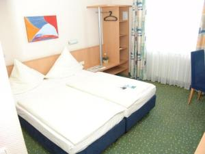 photo tryp hotel potsdam michendorf