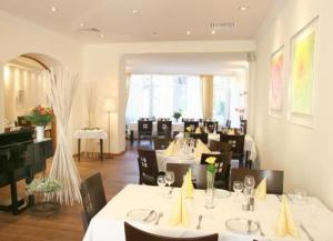 photo hotel restaurant rothkopf