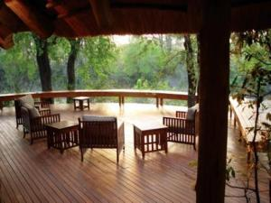 photo hotel imbali safari lodge