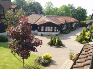 photo weald park hotel golf country club