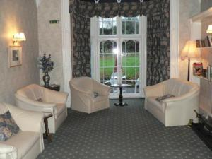 photo pencerrig gardens hotel