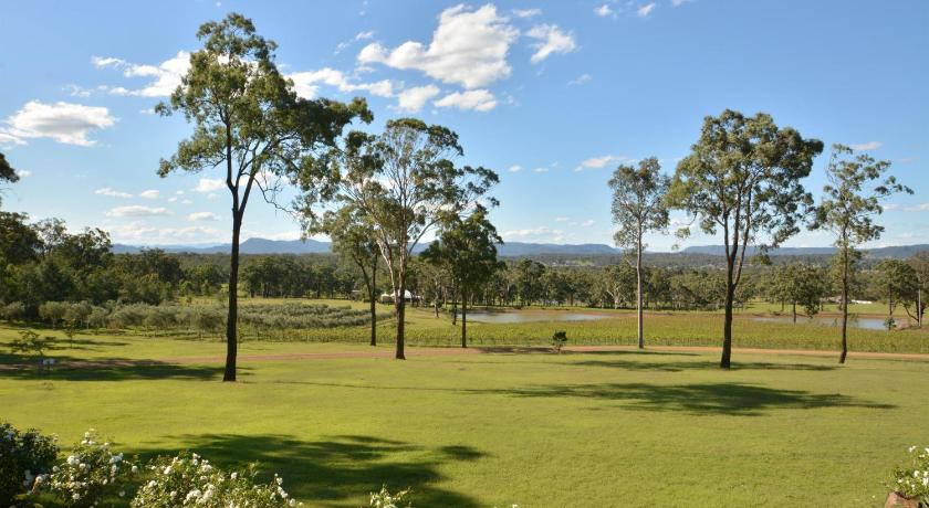 Vignerons Lodge Hunter Valley located within Cypress Lakes | 15 Thompsons Road, Pokolbin, New South Wales 2320 | +61 2 8840 2852