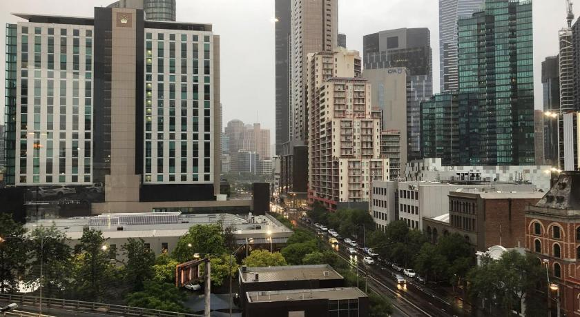 Sophisticated And Lux 2BD In Southbank MELB-1 | 250 City Road, Melbourne, Victoria 3006 | +61 3 9015 7885