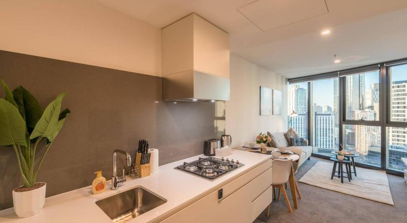 Southbank 1 Bedroom Apartment with View@Shadowplay | 105 Clarendon Street, Southbank, Victoria 3006 | +61 406 200 880