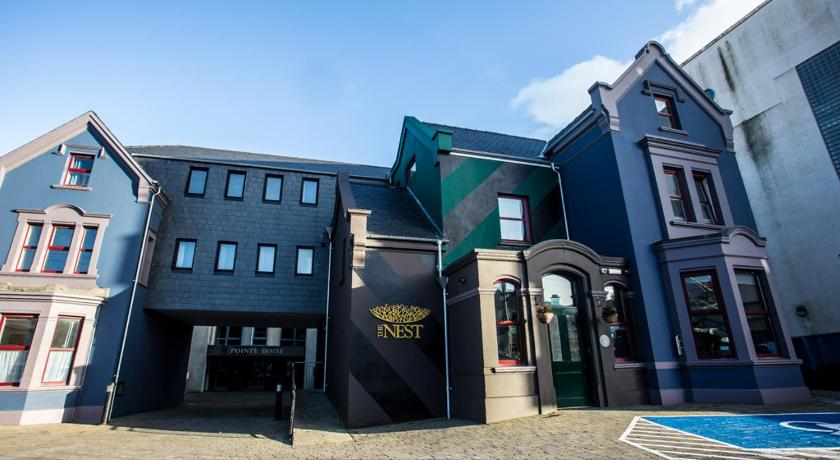 The Nest Boutique Hostel   107-109 Upper Salthill Rd, Galway, H91 X516   +353 91 450 944