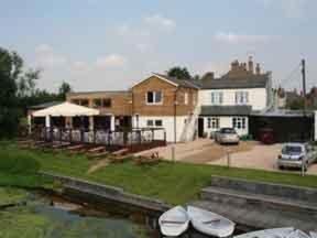 The Boathouse Hotel ****, Sudbury