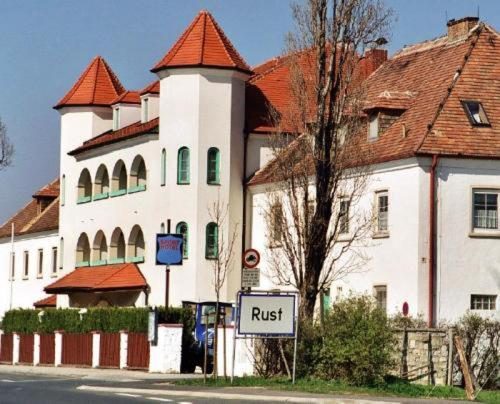 Hotel am Greiner, Rust