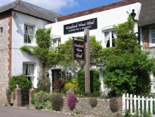 The Woodstock House Hotel - Guest House, Charlton