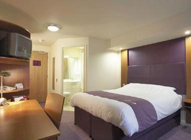 Kings Langley Premier Inn, Kings Langley