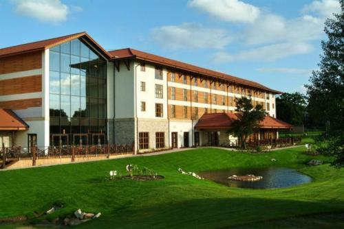 Holiday Inn London Chessington, Chessington