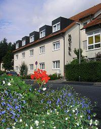 Appartmenthotel S.L. am Rathausplatz, Schwanstetten