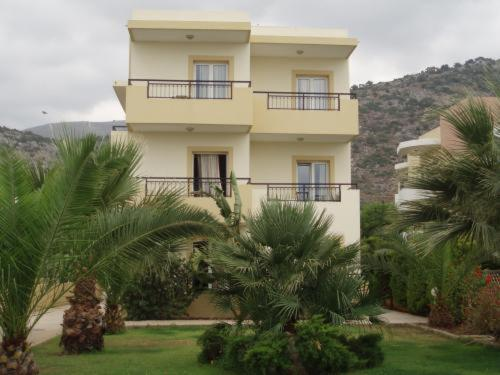 Sinero Apartments, Malia