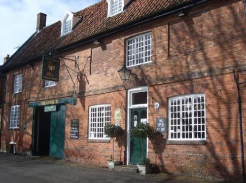 The Ostrich Inn, Castle Acre
