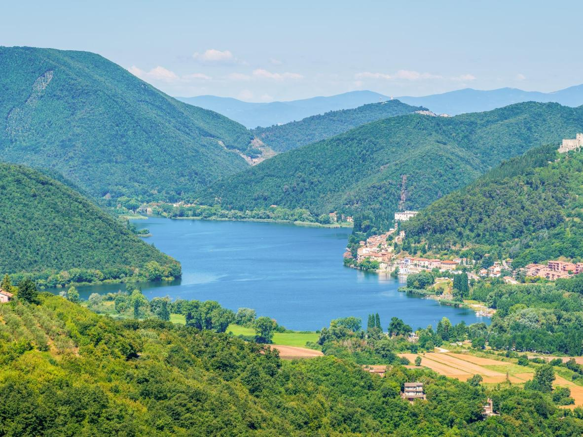 Il Lago di Piediluco is known in Italy as the training ground for the country's national rowing team