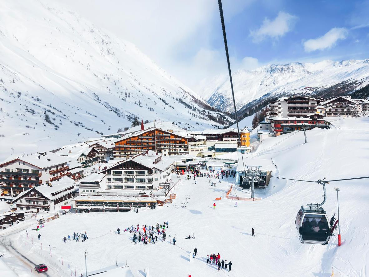 Obergurgl enjoys access to a huge network of glacier pistes going up to 3,080m