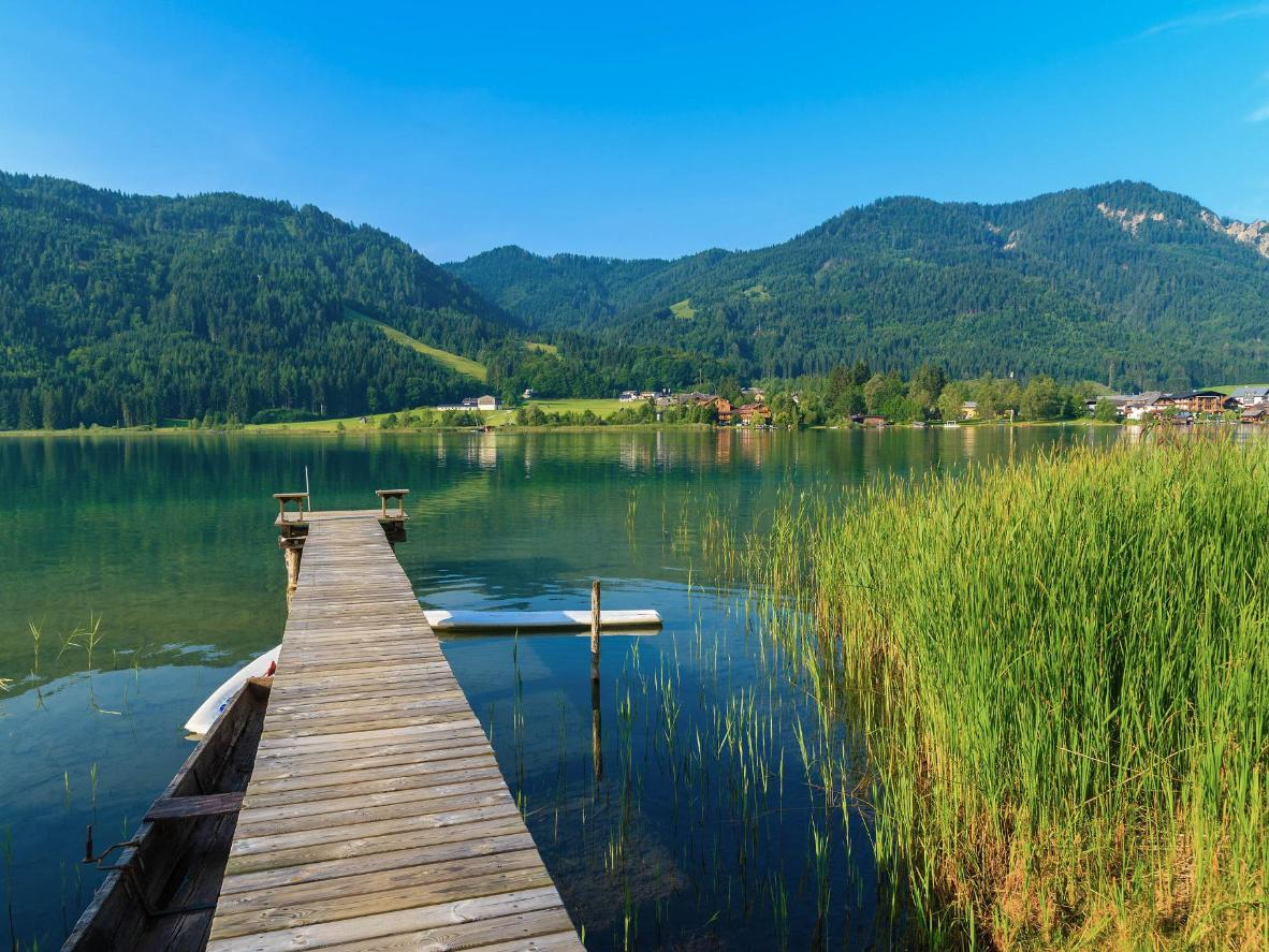 The natural Weissensee has drinking water quality